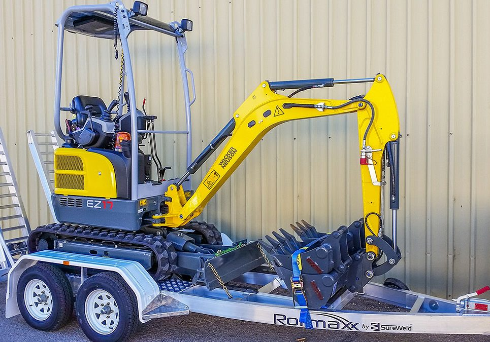 Mini Excavator - Available for hire now with trailer